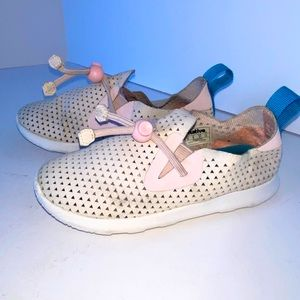 NATIVE AP Moc Perforated Washable Sneaker size 10